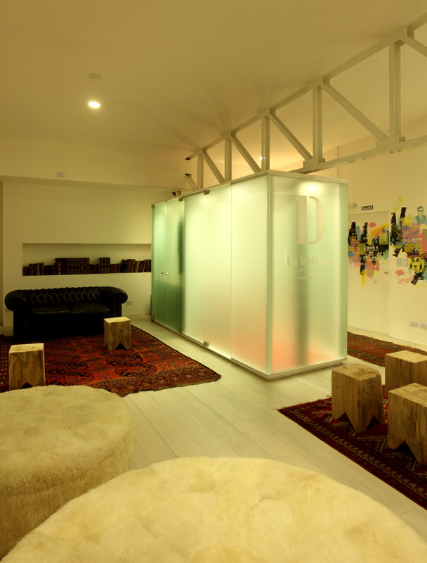 Dise o espacio n 26 unidad modelo for Espacio casa online