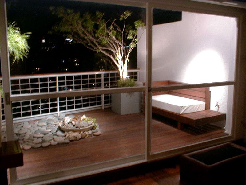 Dise o dise o de espacios exteriores for Materiales para patios exteriores