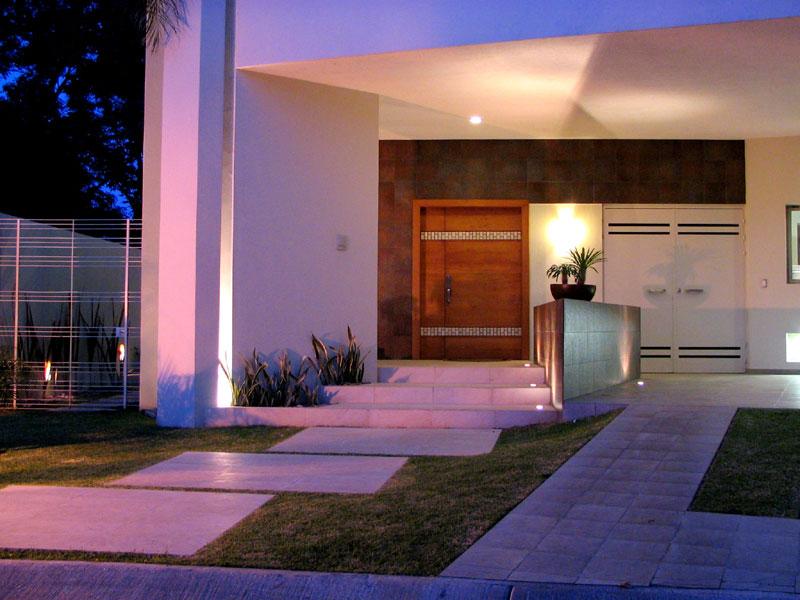 Proyecto casa valles zapopan for Ingreso casas modernas