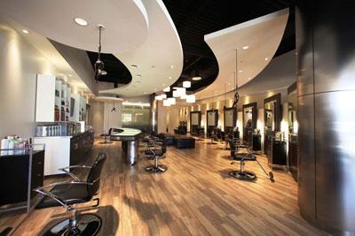 Salon de est tica beyond fringe decoraci n - Imagenes de centros de estetica de lujo ...