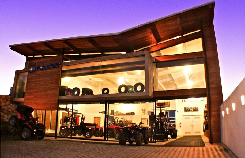 Proyecto local comercial polaris for Diseno locales comerciales