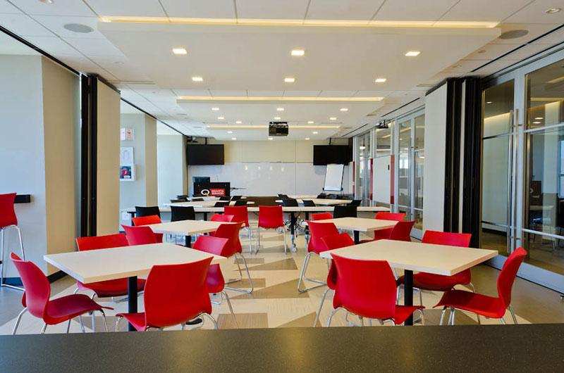 Proyecto oficinas corporativas for Disenos de oficinas modernas gratis
