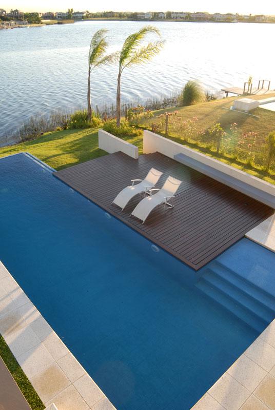 Proyecto casa junto al agua for Software diseno piscinas