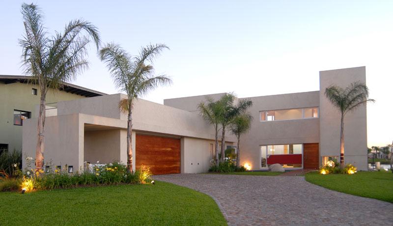 Proyecto casa junto al agua for Casa moderna 99 arena