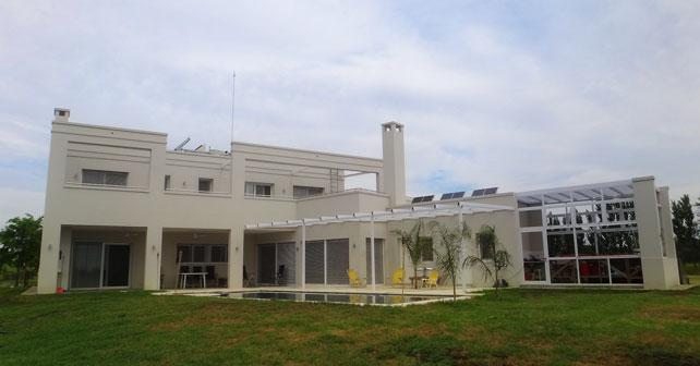 La casa g la casa sustentable en argentina on for Casas de campo argentina diseno