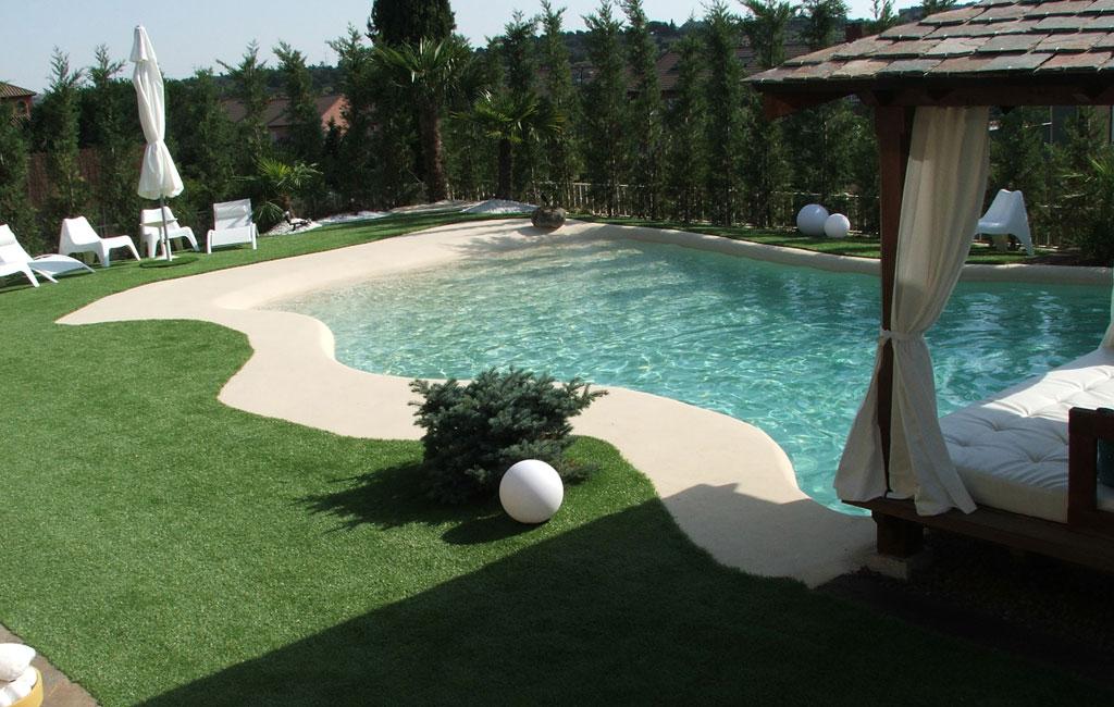 Piscinas de arena construir en invierno para disfrutar en for Ideas de piscinas grandes
