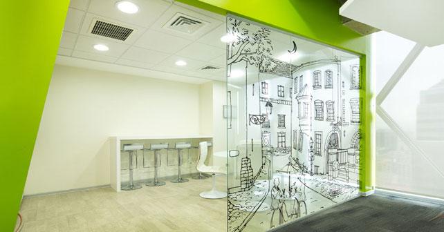 Ambientes de trabajo estimulantes arte en la oficina for Software diseno oficinas