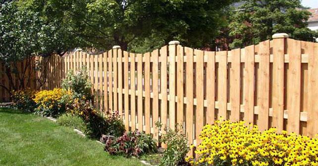 Cercos de madera: ideales para proteger y decorar el jardín ...