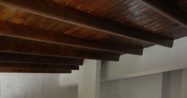 La placa presenta sus techos de hormigon simil madera - Placa de madera ...