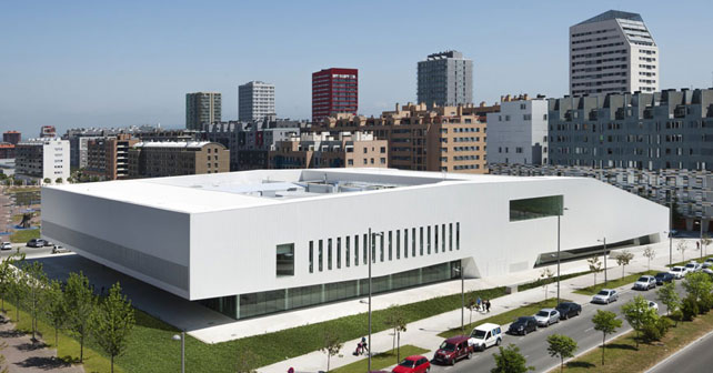 Centro c vico salbur a acxt architects idom arquimaster - Arquitectura pais vasco ...