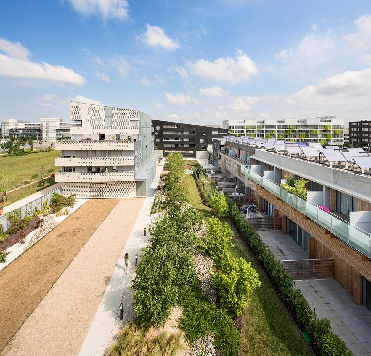 Paisajismo En Un Proyecto De Viviendas En Toulouse Por