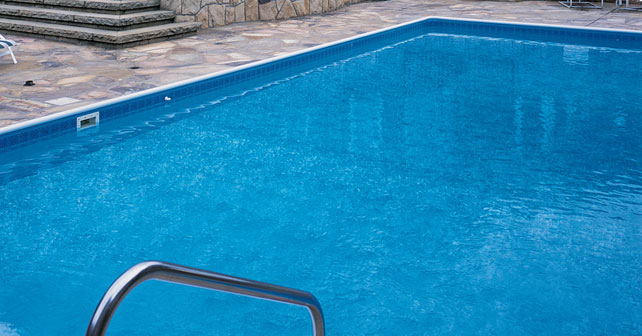 Protecci n y renovaci n de piscinas con sherwin williams for Materiales para construccion de piscinas