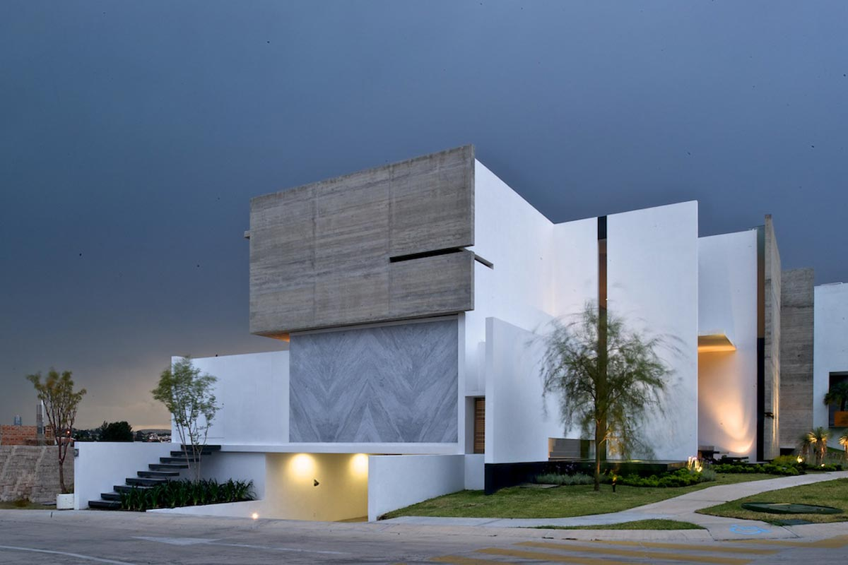 Casa x agraz arquitectos arquimaster for Casas largas y estrechas