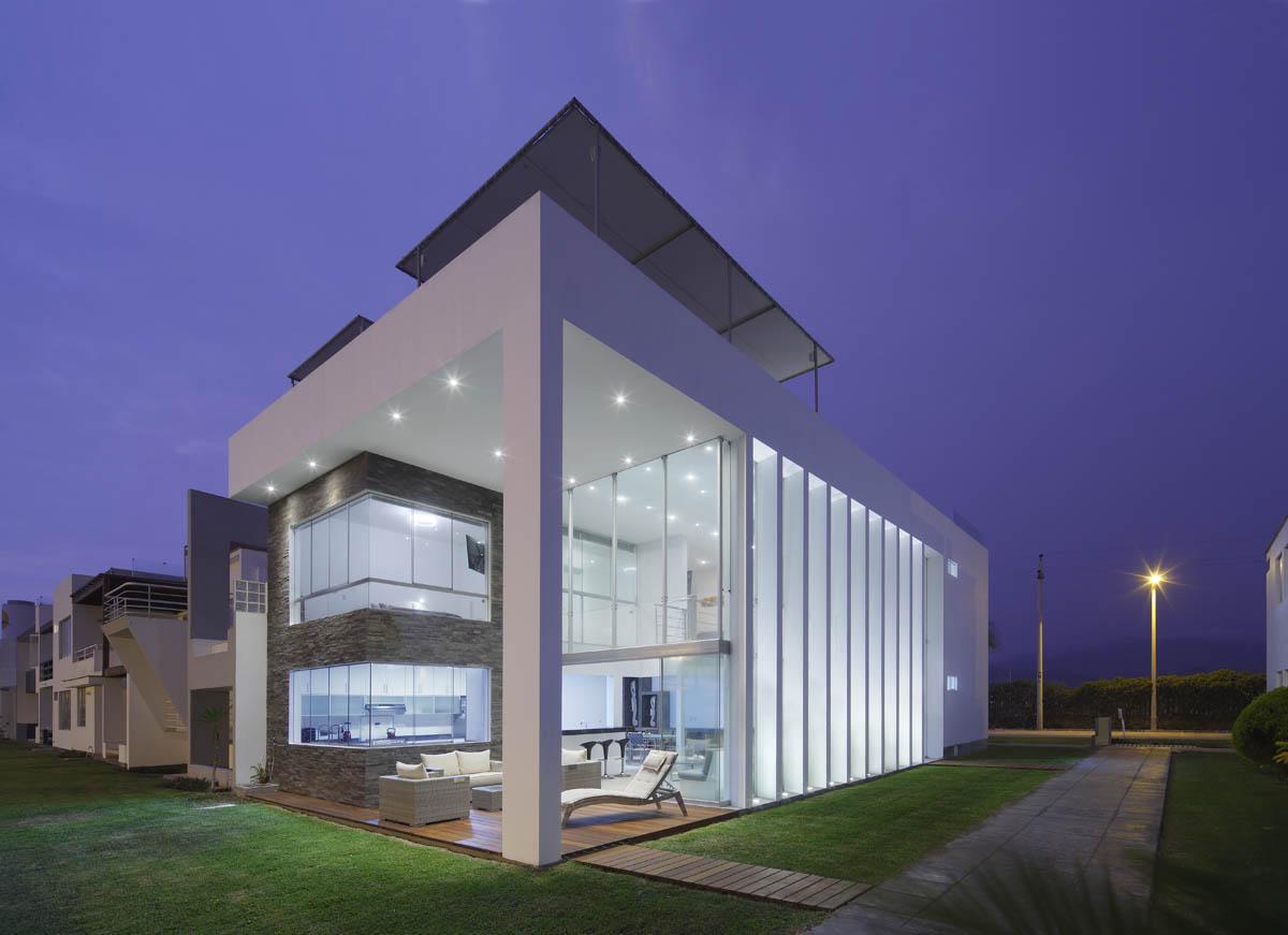Casa de la luz gomez de la torre guerrero arquitectos arquimaster - Luz pulsada en casa ...