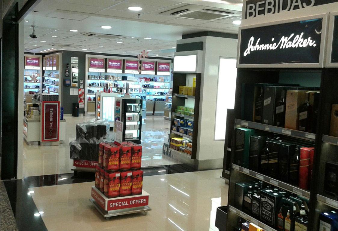Duty free shop aeropuerto internacional de cordoba birka - Estanterias metalicas en cordoba ...