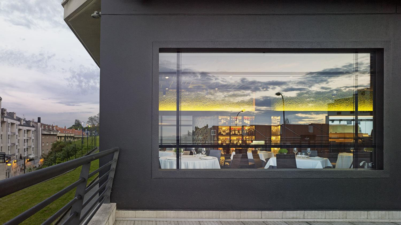Restaurante angazo unouno arquitectura de interiores for Arquitectura de interiores