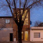 Casa-Estudio El Sucucho / Sin.Tesis Arquitectos