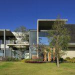 Casa Campo Lago / Echauri Morales Arquitectos