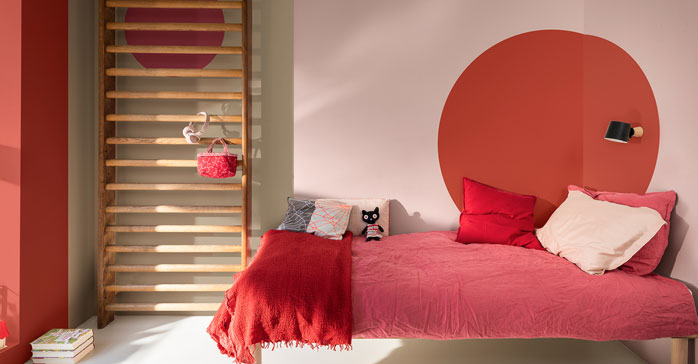 Tendencia en aplicación de color: pintar círculos y arcos de medio punto para acentuar espacios