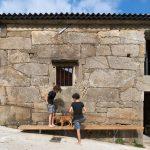 Casa O Fieiro. Una casa a tracción dentro de otra a compresión / Arturo Franco