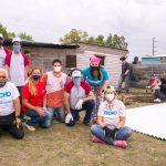 Isolant y Venezia participaron de una jornada de construcción junto a TECHO con su nuevo producto Atacama