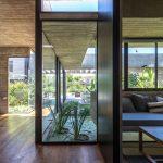 Casa Pilará / Besonías Almeida Arquitectos