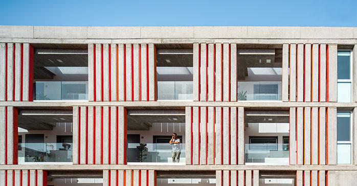 Casas apiladas / Romera y Ruiz Arquitectos