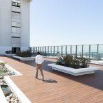 LifeCycle instala el deck WPC más grande del país en la terraza del edificio ICBC