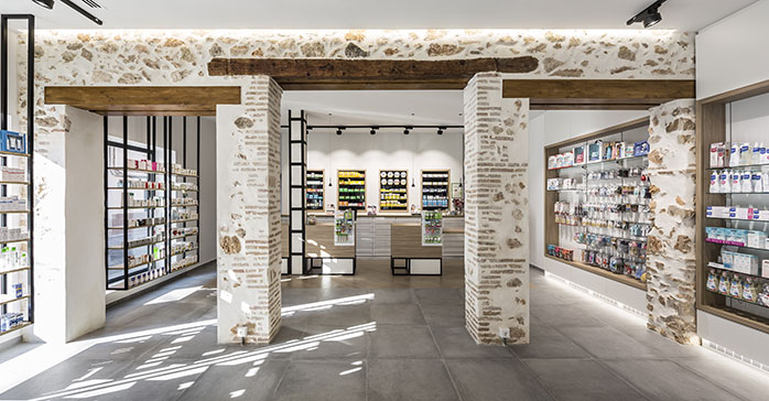 Farmacia Tarazona / Destudio Arquitectura